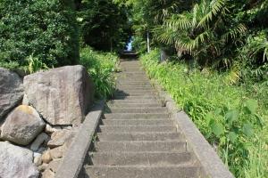 愛宕山の長い石段